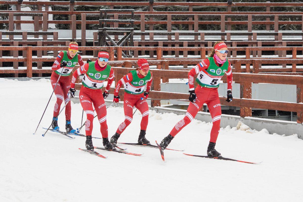 Лидирует Анастасия Фалеева (№5), следом за ней - Алёна Баранова (№1), Кристина Кускова (№4) и будущая победительница Анна Грухвина (№2)